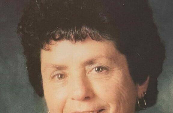 Cleo Latasa