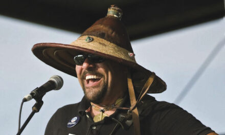 Grammy-winning artist Terrance Simien  to bring sounds of the bayou to Socorro
